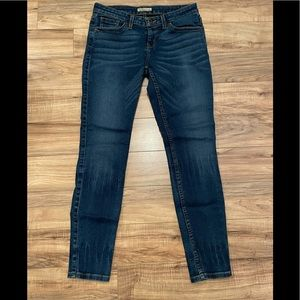 Guess Los Angeles Jeggings - Size 28 - Like New